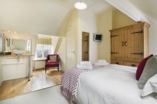 Applebarn bedroom view 1 Mar 19