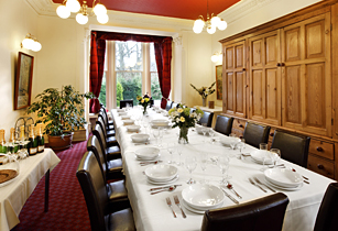 MainHousedining_room
